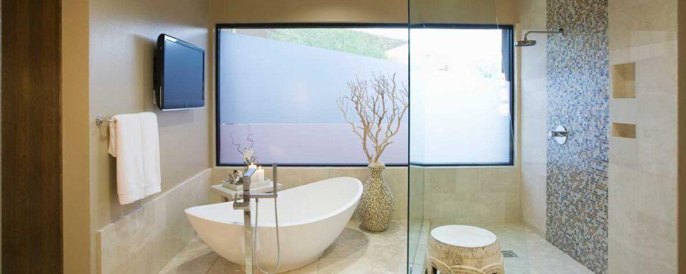 modern bathroom with shower tub